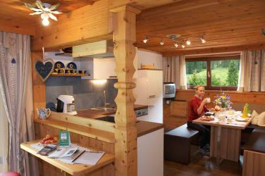 Ferienwohnung »Schwalbennest« Wohnküche