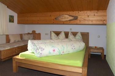 »Kanzbergblick« Schlafzimmer 2