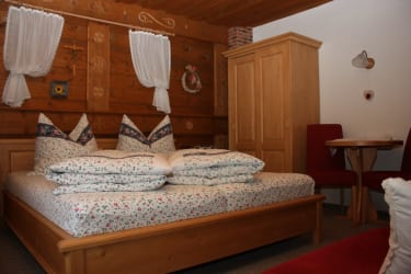 gemütliche Zimmer warten auf Sie! im Berghof am Schwand