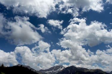 Gipfel Wolken