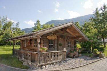 unsere Schnapshütte