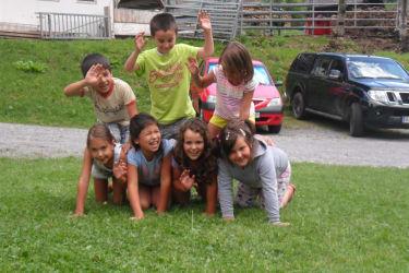 Kinderspiel draußen