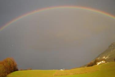 Regenbogen neben unserem Hof