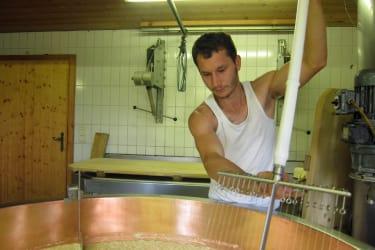 Alpe Unterdiedams: traditionelle Käseherstellung