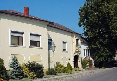 Weingut u. Winzerzimmer - Familie Tinhof