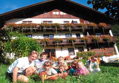 Familienbauernhof Mesner