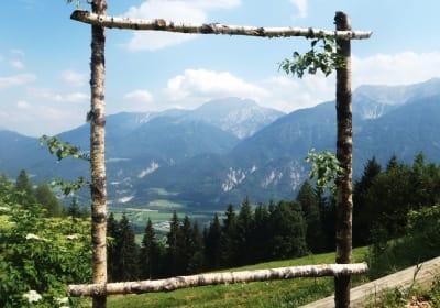 Ein Blick ins Drautal - Weissensee und Berg im Drautal!