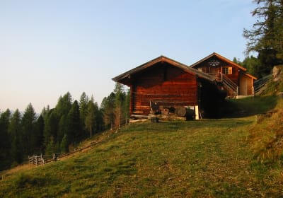 The Laderam Alpine Hut