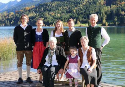 Family Lilg