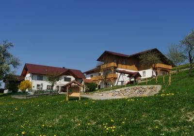 Kornihof - Wohnhaus und Ferienhaus