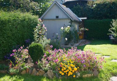 Ferienwohnung Anneliese - Blick in den Garten