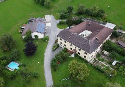Landhof Familie Weinbacher