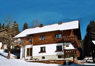 Haus Haberfellner  im  Winter