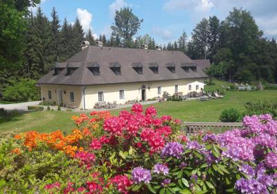 Itha´s secrete escape - Das Forsthaus Langschlägerwald