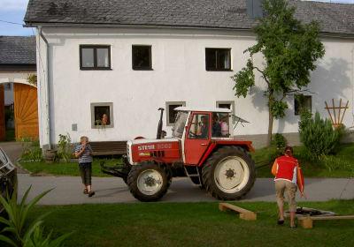 Auch das Traktorfahren begeistert.