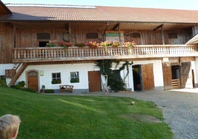 Innenhof - Biohof Schafflhof