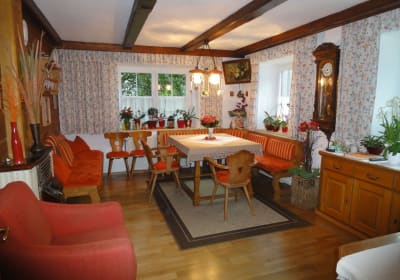 Breakfast and recreation room
