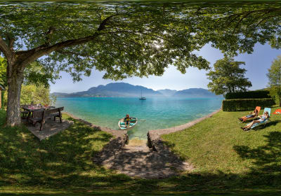 Bathing beach at the Attersee