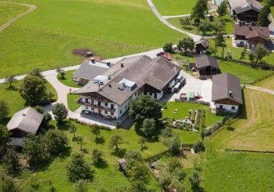 der Herzoghof mit seinem wunderschönen Obstgarten