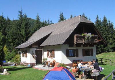 Hütte