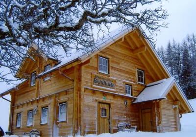 """Ferienhaus """"Bichlhütte"""" mitten im Skigebiet Galsterbergalm, Pruggern"""