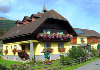 Ferienbauernhof Handl
