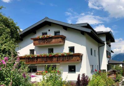 Kinderbauernhof Albeineler Pitztal/Tirol