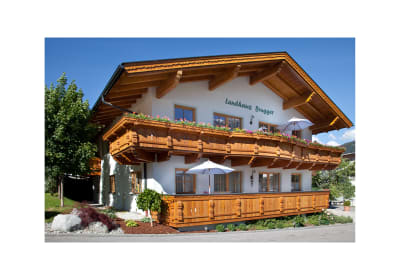 Landhaus Brugger Hausansicht