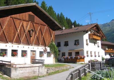 Stotznerhof im Sommer