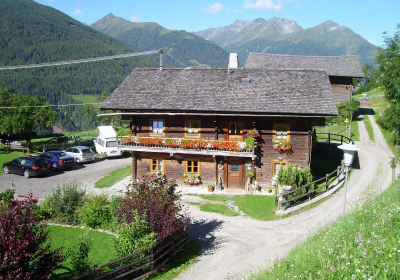 The Bartlerhof farm