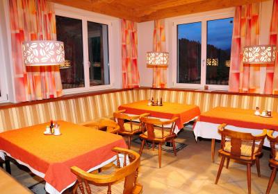 Gastbetrieb Alpenhof