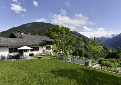 Ferienwohnung Terrasse und Garten