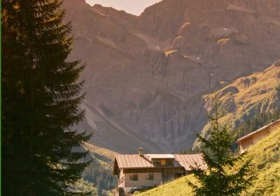 """Rüf-Hof - Hütte """"Boden"""""""