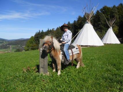 Michi mit unserem Pony Timo