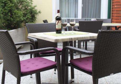 Terrassee Innenhof