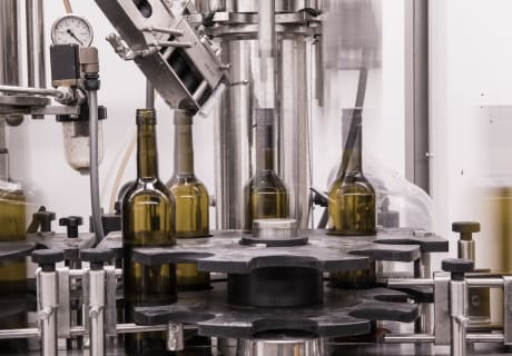 bei der Weinprduktion