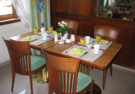 Weinpension Andrea - Frühstücksraum