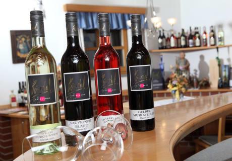 Peiserhof Weinflaschen