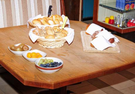 Brote Obst Alpenhof