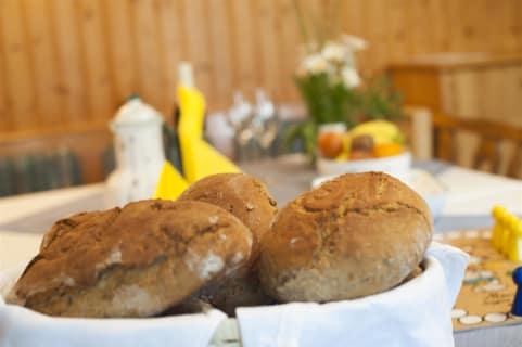 hofeigenes Brot
