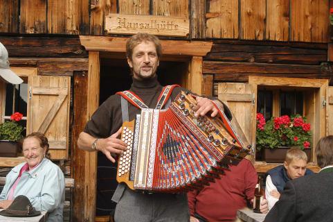 Harmonigaudi auf der Hütten