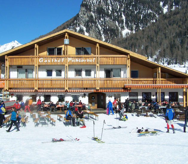 Winter weeks: 7 nights incl 6 days skipass at Rina