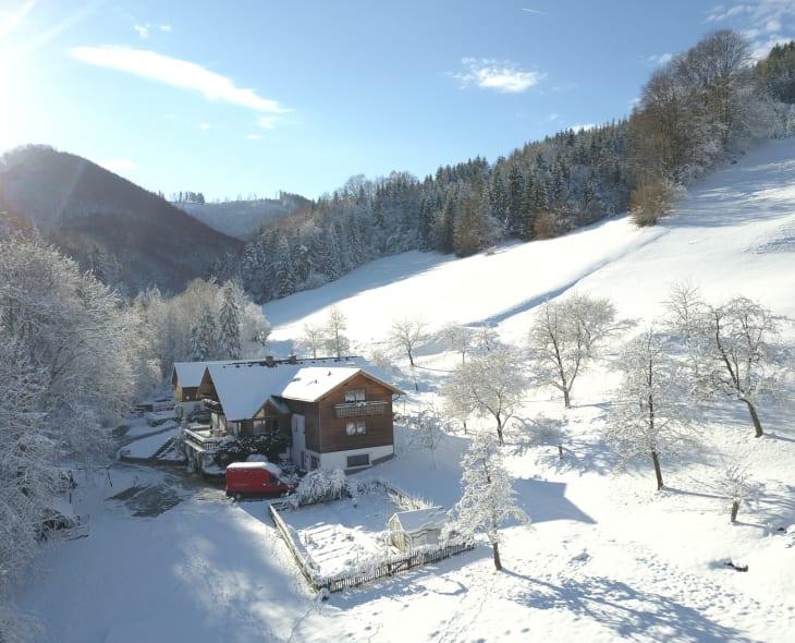 Biohof Lueg im Winter