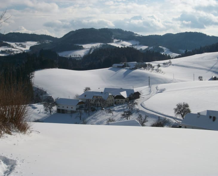 Der Hof im Winter