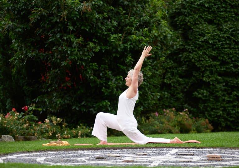 Cabina Armadio Moderna Yoga : Pacchetti yoga presso alto adige hotel lindenhof a naturno