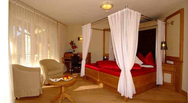 Romantic suite Malve