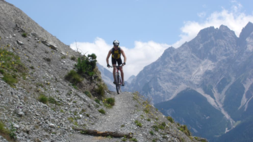 Zugspitze+Blindsee Signature Trail combi package