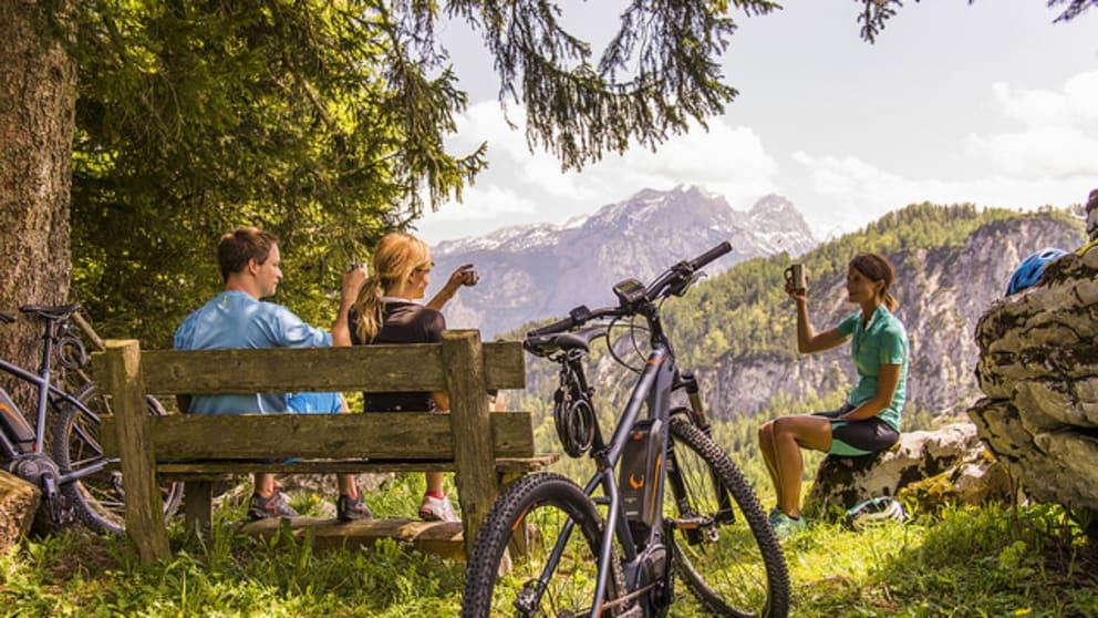 Sightseeing in der Natur mit dem E-Bike