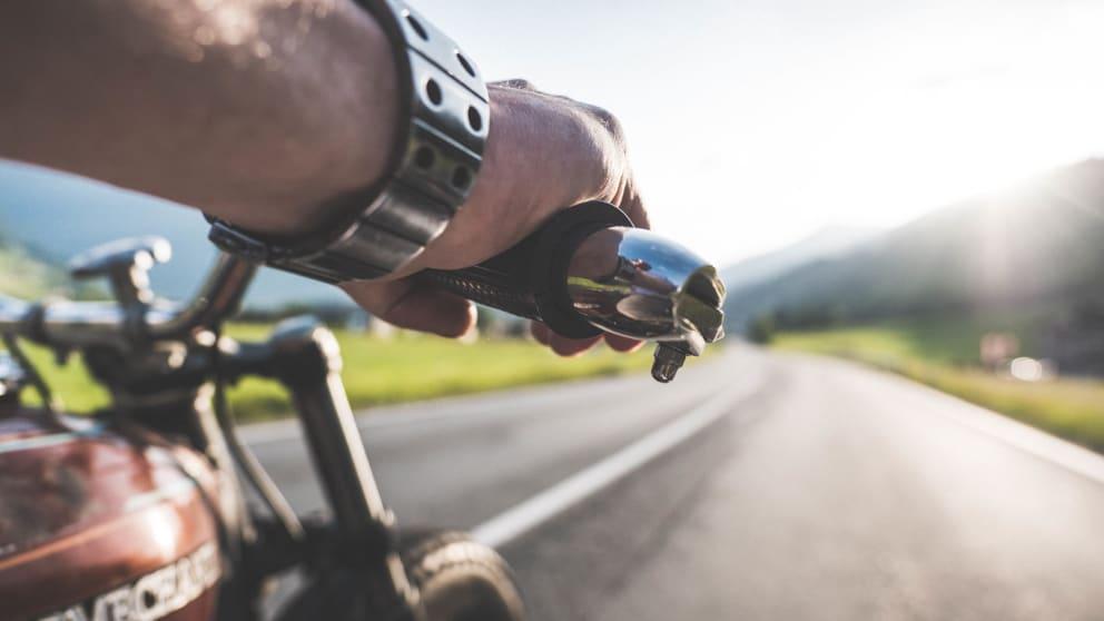 Motorrad Woche 7 Tage bleiben nur 6 Tage bezahlen mit Frühstück
