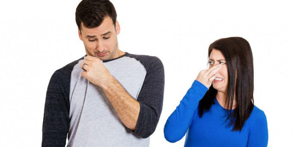 5 Penyebab Bau Badan Tak Sedap